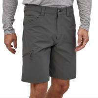 "The Quandary 10"" is a versatile trail-to-town hiking short smade of comfortable stretch nylon (65% recycled) and spandex, and perfect for the gym."